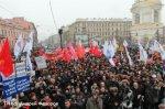 Первомайские шествия и митинги вносят изменение в движение транспорта