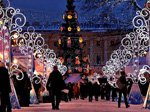 Вечером на площади Островского стартует Рождественская ярмарка