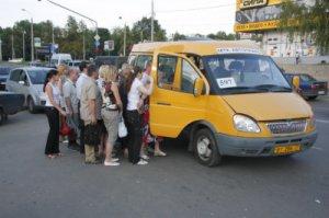 Проезд в питерских маршрутках подорожал на 1 рубль