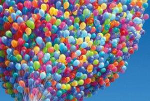 Петербуржские полицейские задержали пятерых активистов с воздушными шарами