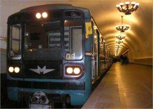 На Невско-Василеостровской линии метро произошел сбой