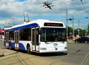 Движение троллейбусов по Невскому проспекту полностью восстановлено
