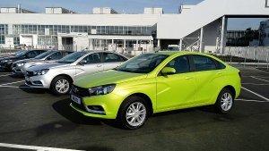 В Петербург привезли первые экземпляры Lada Vesta