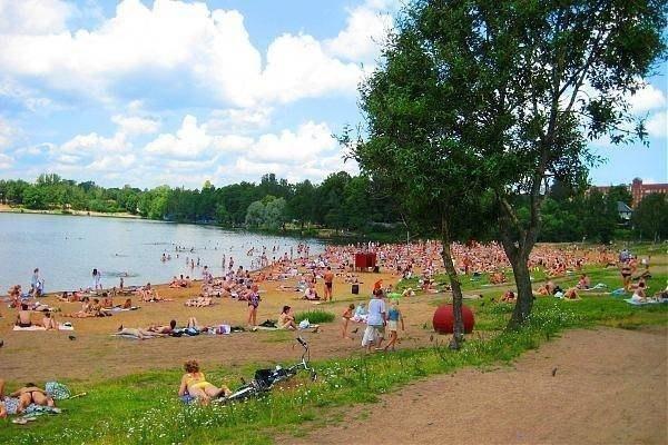 Лишь одно озеро в Петербурге пригодно для купания