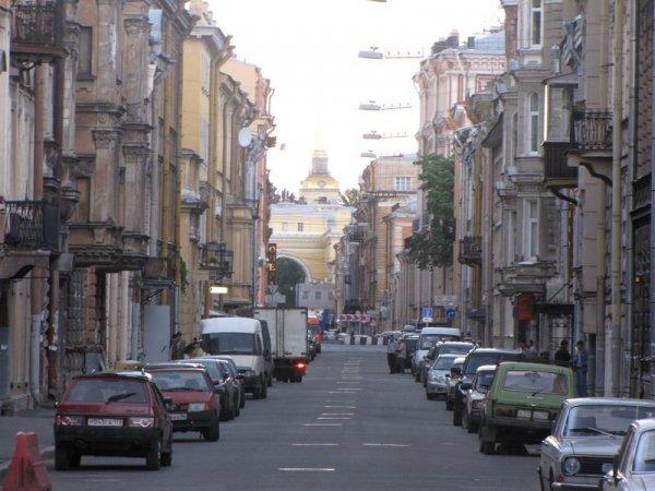 «Город над вольной Невой» празднует свой 317-ый день рождения